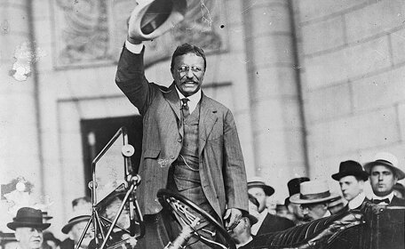 Theodore Roosevelt attempts to arbitrate the coal strike.