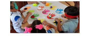 En Colombia se incluye la educación preescolar como el primer nivel del sistema educativo.