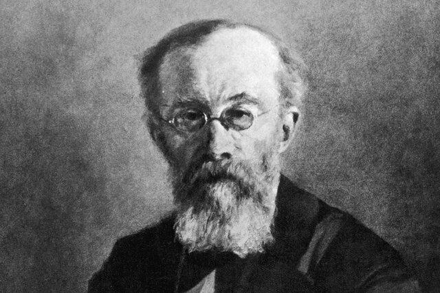 Wilhelm Wundt, realizó un experimento con un medidor del pensamiento, en el cual midió los procesos mentales y reconoció las diferencias individuales