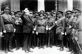 Reforma del Ejército. Ley Azaña (comienzo en abril)