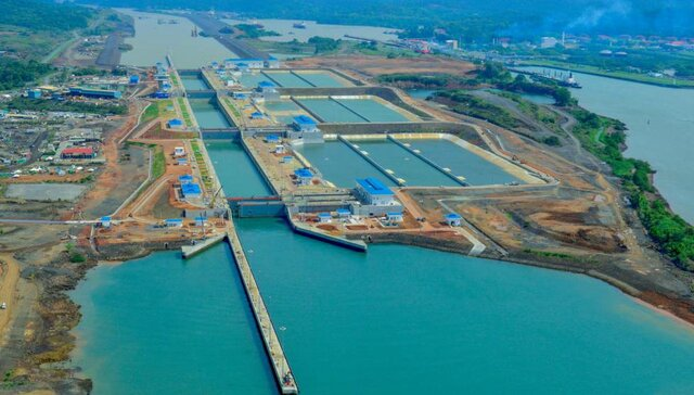 Construcción de canal de Panamá terminada