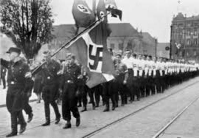 Hitler invade gran parte de Europa