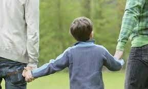 Adopción por personas del mismo sexo