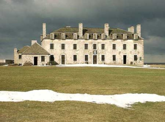 French Fort Niagara surrenders