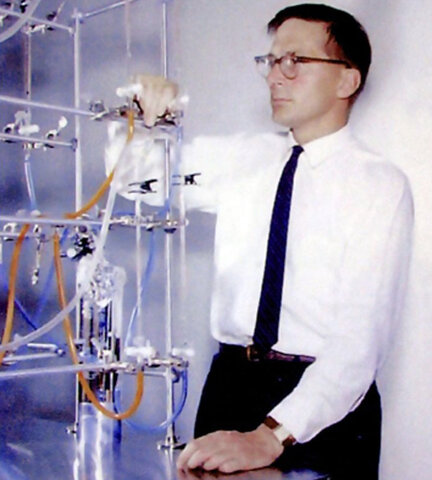 "The ""Silicon"" transistor exceeds German speed. The fast switching germanium device  for the ""CDC 1604"" became the first commercially successful large-scale transistor machine."