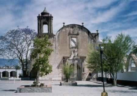 Fundación de la provincia de Ávalos.