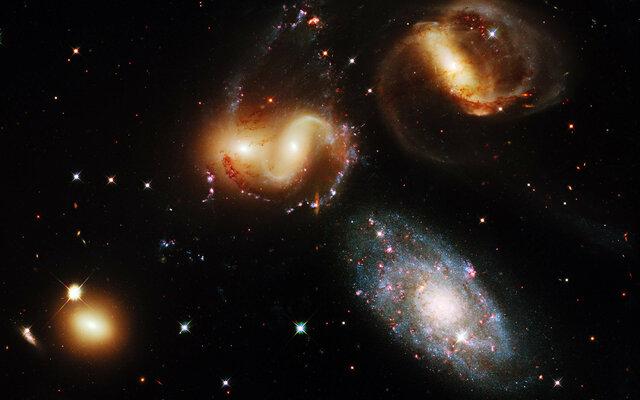 Образование скоплений галактик