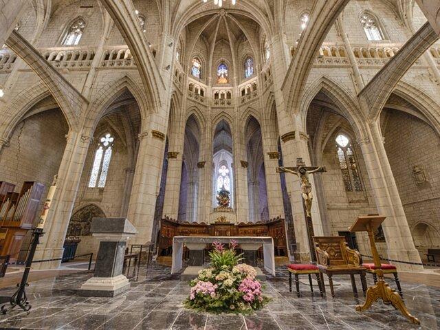 Interior de Catedral de Santa María