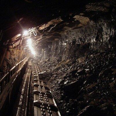 Peligros relacionados con la minería de los metales timeline