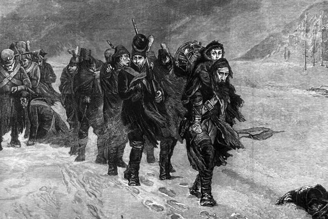 Las tropas napoleonicas son expulsadas de Rusia gracias al intenso invierno en Enero, Rusia inicia la contra ofensiva sumandose a Austria, Reino Unido y el Sacro Imperio Romano-Germanico.