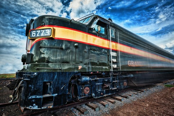 Что такое железнодорожный транспорт?