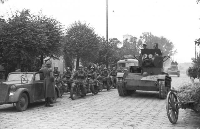 Els nazis envaeixen Polònia