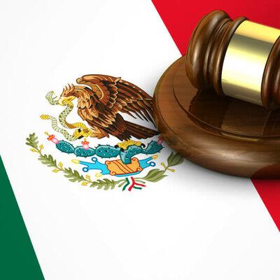 EL DERECHO EN LA HISTORIA DE MEXICO por Marco Antonio Hernández timeline