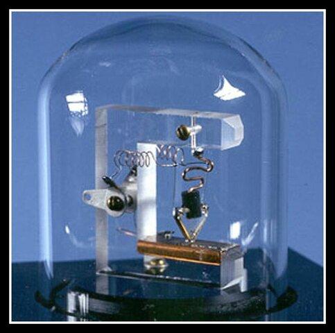 Transistores segunda generación