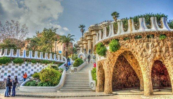 Constr. Parque Güel (Antonio Gaudí, 1900)