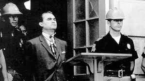 •George Wallace Blocks University of Alabama Entrance (1963)