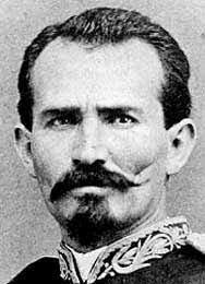 Asume presidencia Manuel del Refugio González