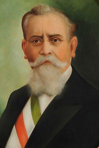 Venustiano Carranza asume la presidencia
