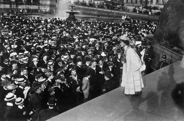 Concesión del sufragio femenino en el Reino Unido.