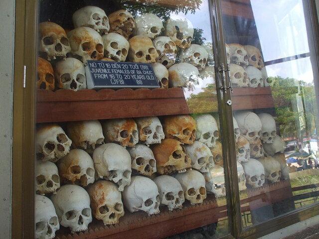 La masacre de Ba Chúc (18-30/Abril/1978).