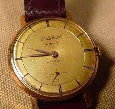 20. Reloj de cuarzo.