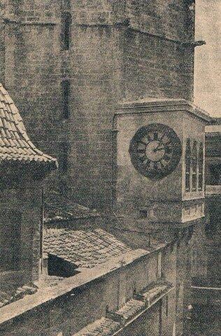 el primer reloj mecánico con campanas en España.