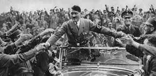 □Hitler, canciller alemán. Incendio del Reichstag/ Ley de plenos poderes al führer/ Dictadura en Austria