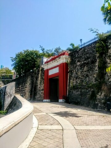 La villa de Caparra se muda para la isleta de San Juan