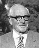 John Edensor Littlewood (1885 – 1977)