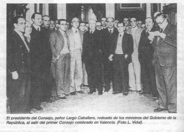 Traslado del gobierno republicano a Valencia.