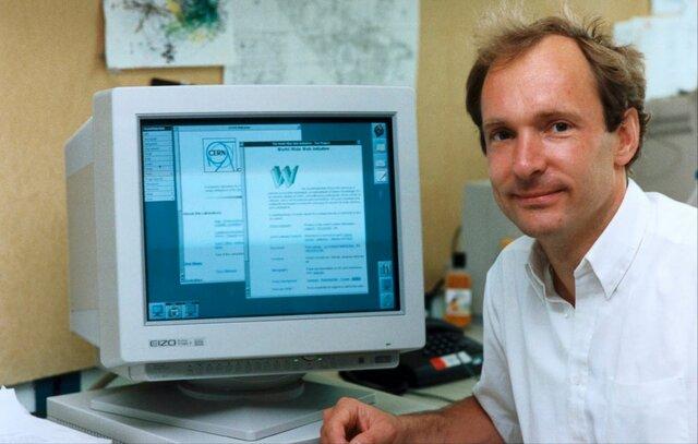 100,000 ordenadores conectados a internet y prototipo de WWW