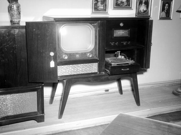 Aparición de la televisión