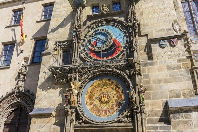 Reloj en las ciudades de Europa