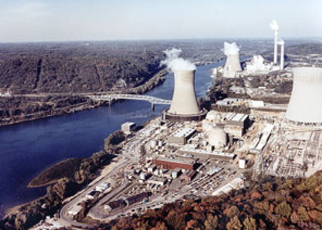 First Commercial Power Plant Opened