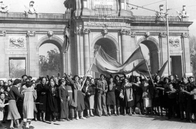 Las tropas nacionales entran en Madrid sin resistencia (28 marzo)