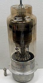 Se desarrolla el tiratrón, comienzo de la electrónica de  potencia