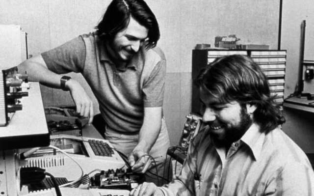 Jobs y Wozniak fundaron Apple