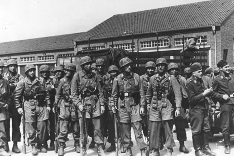 Els nazis envaeixen França, Bèlgica, Holanda i Luxemburg.