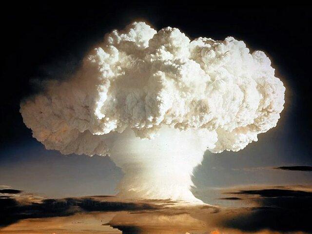 La URSS detona su primera bomba atómica