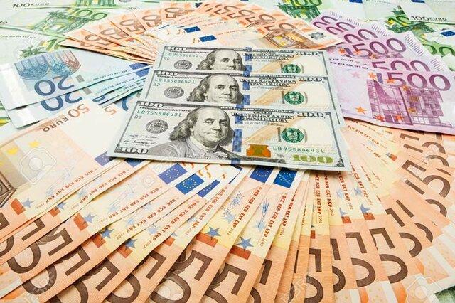 Cada país emite su papel moneda