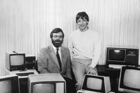 •Bill Gates Starts Microsoft (1975)