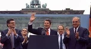 "•""Mr. Gorbachev, Tear Down This Wall!"" (1987)"