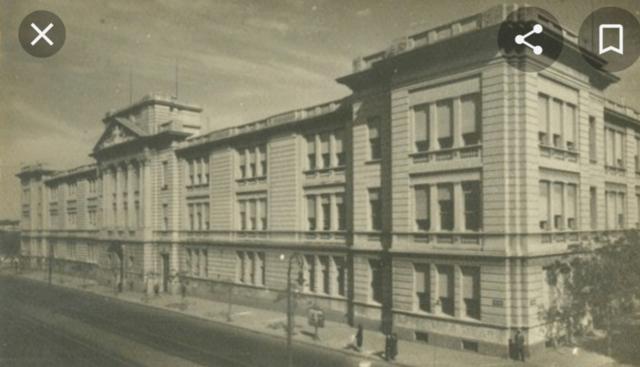 1ª Escuela de Comercio Carlos Pellegrini.