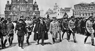 Inici de la revolució d'octubre a Rússia