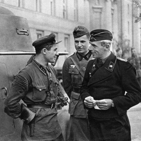 20. sept Tyske og Sovjetiske styrker møtes og feirer