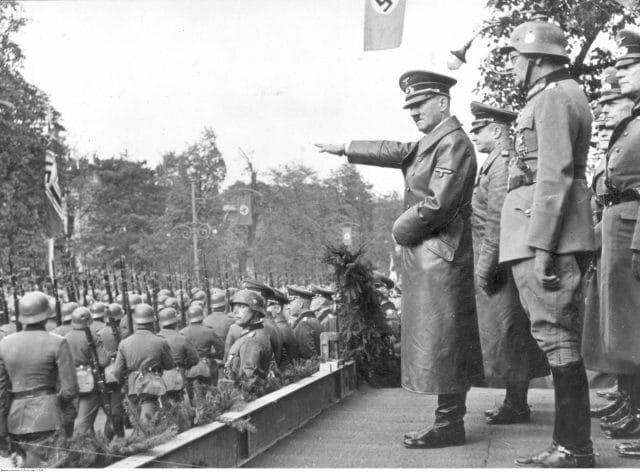 8. okt. De siste polske styrker kapitulerer