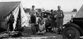 Inici de la Gran Depressió econòmica Polítiques autàrquiques en els règims feixistes.