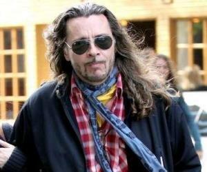Brad deixa Aerosmith i Rick Dufay el sustitueix