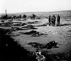 Las tropas luchando en Marruecos sufren el desastre de Anual.