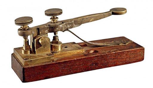 El teléfono y la telegrafía sin hilos